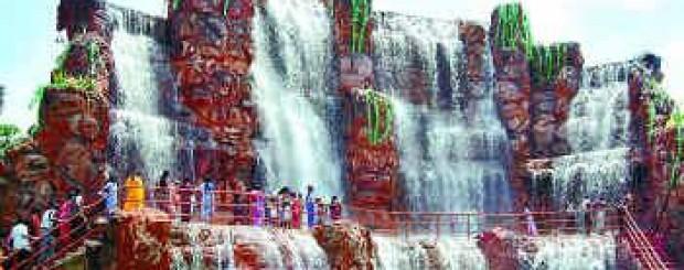 Athisayam - MaduraiCourtallam